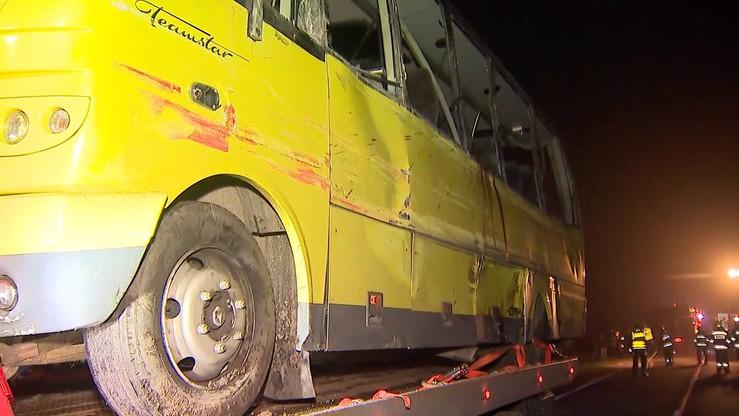 Tragiczny wypadek w Słowinie. Kierowca ciężarówki, która zderzyła się z autobusem usłyszał zarzut