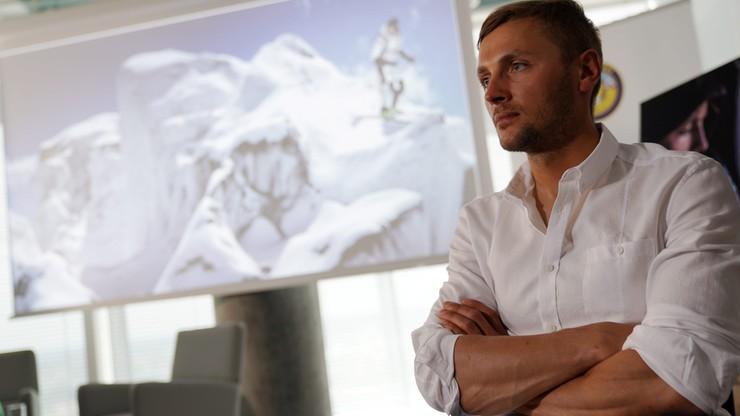 Bargiel osiągnął szczyt K2, przygotowuje się do zjazdu na nartach