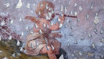 Bezcenne freski w Kłodzku. Ratują je mieszkańcy