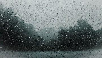 Deszcz i spadek temperatury. Pogoda na poniedziałek