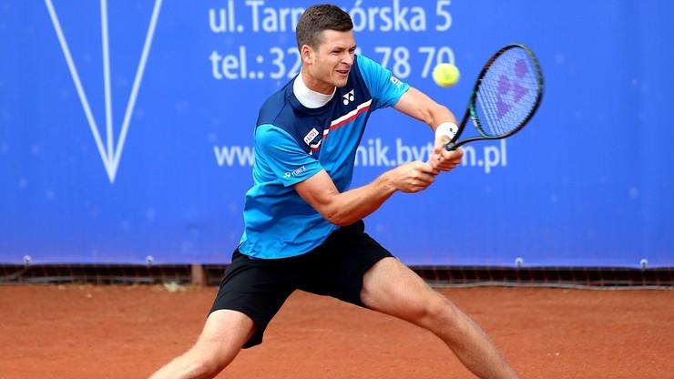 Turniej ATP w Kitzbuehel: Hubert Hurkacz odpadł w drugiej rundzie