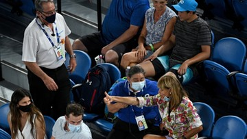 Australian Open: Zakłócająca mecz kobieta nie przeszkodziła Rafaelowi Nadalowi w awansie