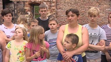 Tragiczna noc w Domaszkowie. 18-osobowa rodzina straciła wszystko