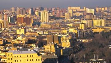 Dochodzenie przeciw azerskiemu pisarzowi oskarżonemu o chuligaństwo