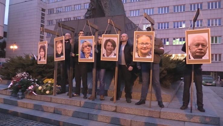 Zdjęcia europosłów na szubienicach. Śledztwo umorzone