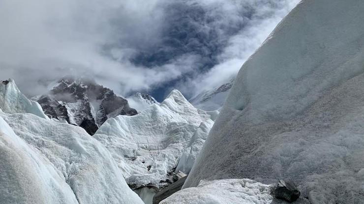Polscy himalaiści przerwali wyprawę na Lhotse