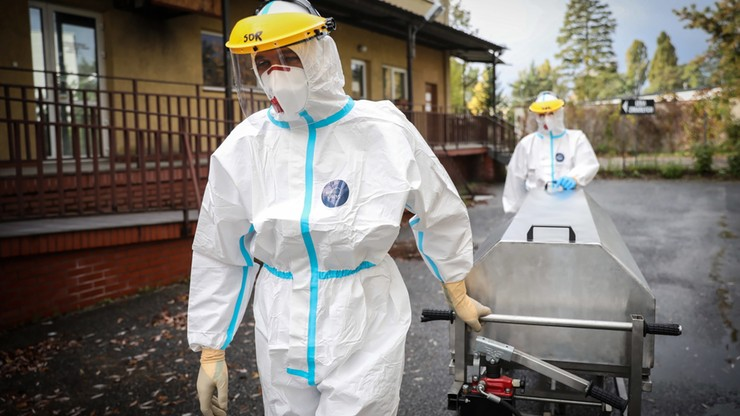 Nowe przypadki koronawirusa w Polsce. Dane ministerstwa, 30 grudnia