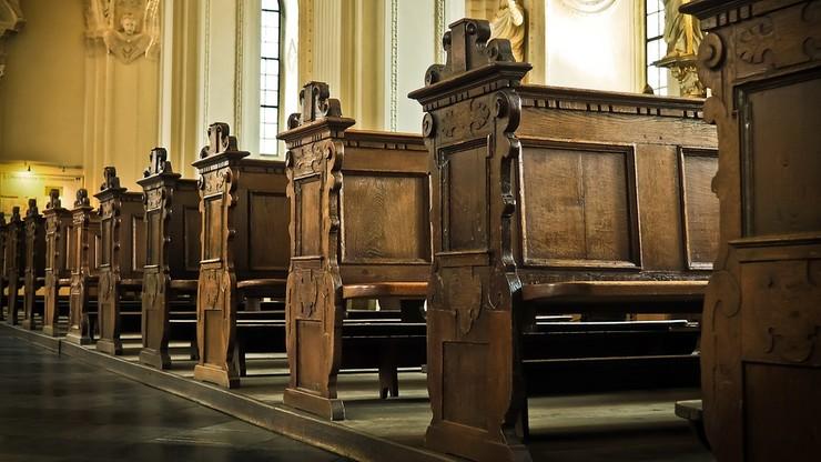 Ile osób może przyjść na mszę świętą lub pogrzeb? Nowe wytyczne rządu