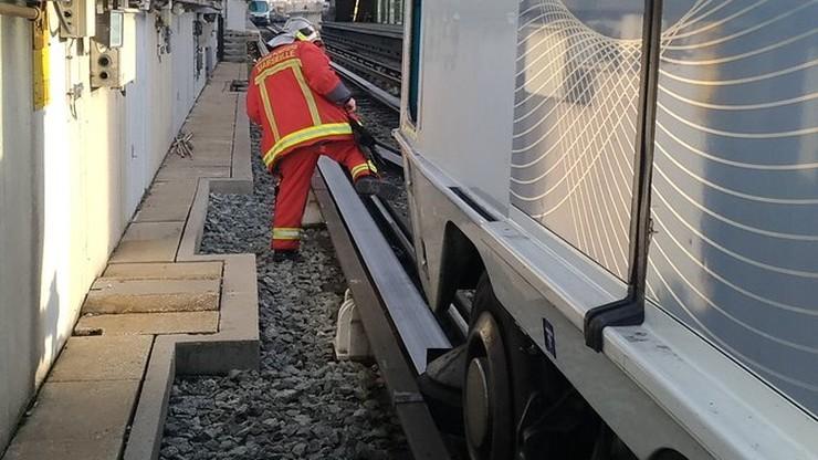 Marsylia: wykoleił się wagon metra. Kilkanaście osób rannych