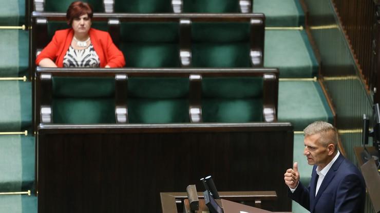Sejm: wszystkie kluby za dostępem do preparatów z konopi