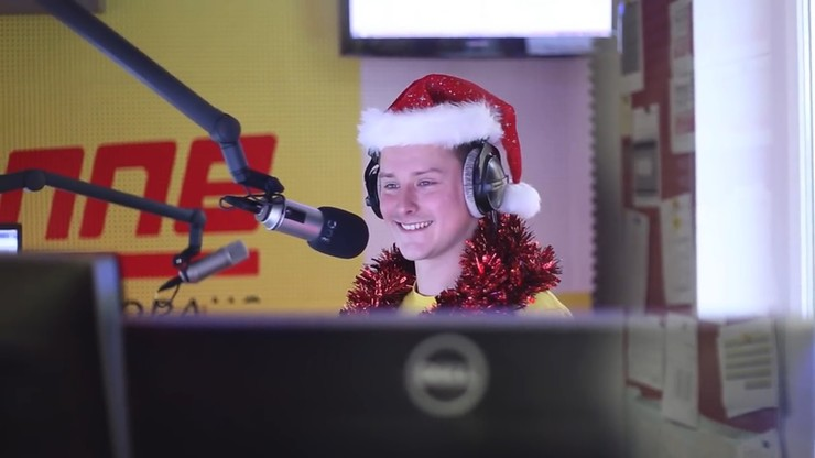 """Zabarykadował się w radiu i grał """"Last Christmas"""". 24 razy z rzędu"""