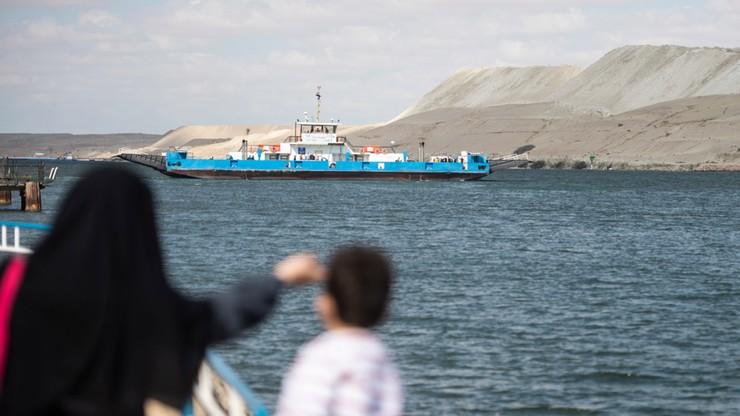 Kontenerowiec Ever Given przestał blokować Kanał Sueski