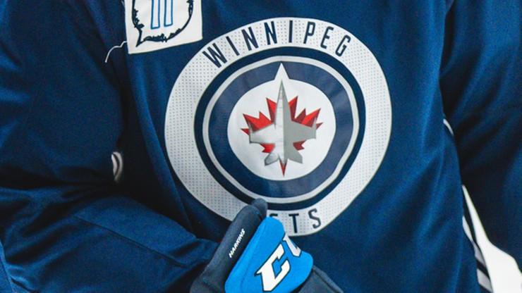 NHL: Andrew Copp x 4. Winnipeg Jets rozbili Vancouver Canucks