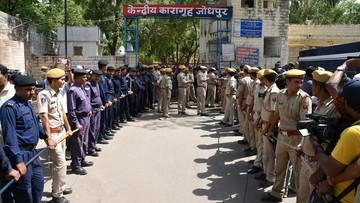 Indie: samozwańczy guru skazany na dożywocie za zgwałcenie nastolatki
