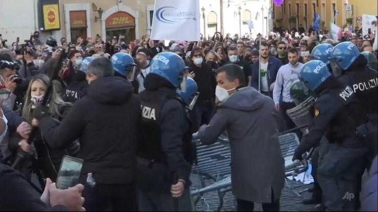 Włochy. Starcia restauratorów z policją. Zatrzymano 7 osób