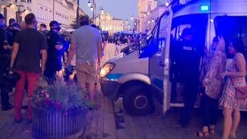 Aktywista LGBT Michał Sz. doprowadzony do aresztu. Opozycja protestuje