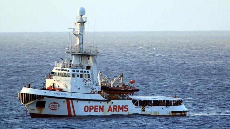 Impas ws. migrantów. 130 uratowanych czeka trzeci tydzień na wpuszczenie do włoskiego portu