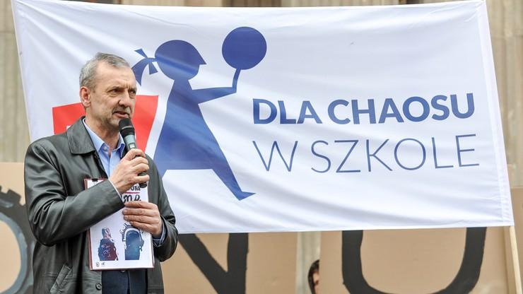 """Broniarz: nie dajcie się zastraszyć nagonce ze strony kuratorów oświaty i """"Solidarności"""""""