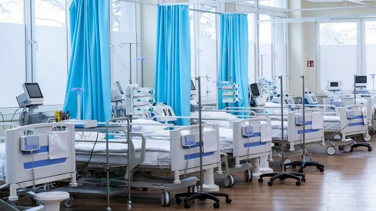 """""""Superbakteria"""" w szpitalu tymczasowym. Wstrzymano przyjęcia pacjentów"""