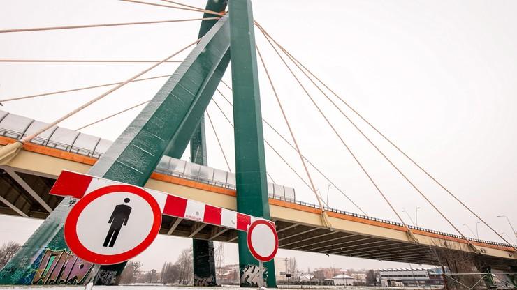 Most Uniwersytecki w Bydgoszczy zamknięty. Konstrukcja może się zawalić