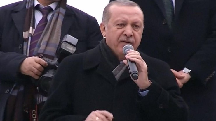 Turecki śmigłowiec rozbił się w Syrii. Erdogan twierdzi, że został zestrzelony