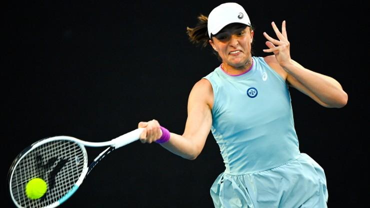 WTA w Adelajdzie: Iga Świątek w półfinale. Danielle Collins zeszła z kortu