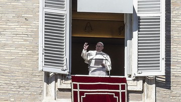 Papież apeluje do Europy o przyjęcie migrantów z dwóch statków