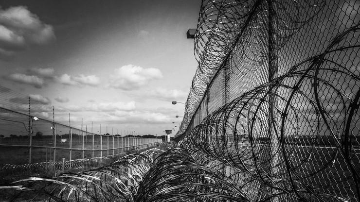 Zabili strażników i wypuścili z izolatki groźnych przestępców. Bunt w kolonii karnej w Tadżykistanie