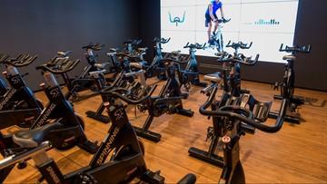 57-letni Francuz przejechał na rowerze stacjonarnym prawie 10,5 tys. km