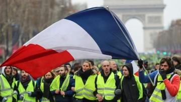 """""""Żółte kamizelki"""" wracają na ulice francuskich miast"""