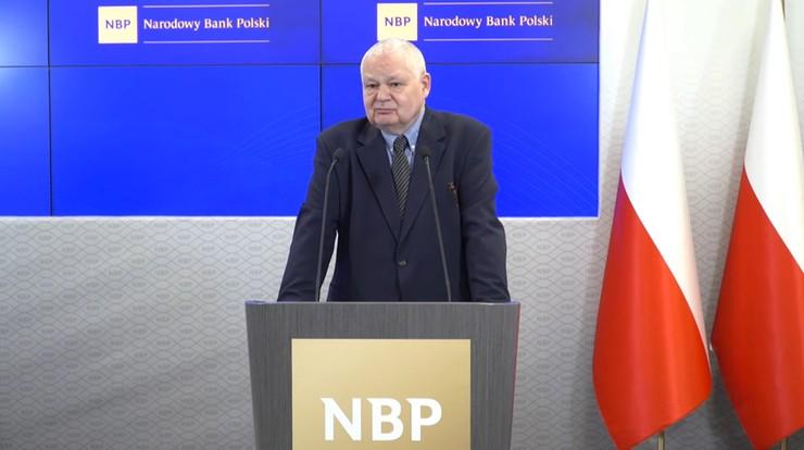 """""""Słabszy złoty nie jest powodem do zmartwień"""". Prezes NBP mówi o odbudowie gospodarki"""