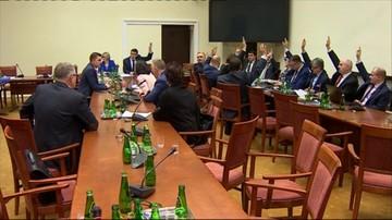 Awantura o głosowanie podczas obrad komisji ustawodawczej. PiS: głosowali nieuprawnieni. Opozycja: sprawdźcie nagrania