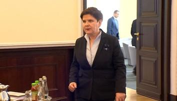 """""""Premier wysłuchała zastrzeżeń prezydenta i poprosiła o wyjaśnienia Macierewicza i Kamińskiego"""". Konflikt na linii Duda - MON"""
