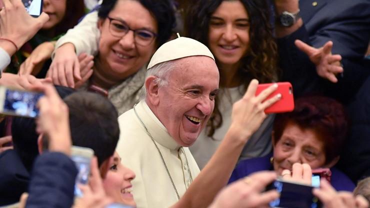 Papież życzył Polakom radości, pokoju i nadziei