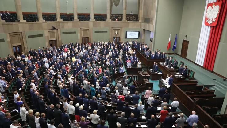 Ustawa zaostrzająca kary za czyny pedofilskie czeka na podpis prezydenta. Sejm przyjął poprawki