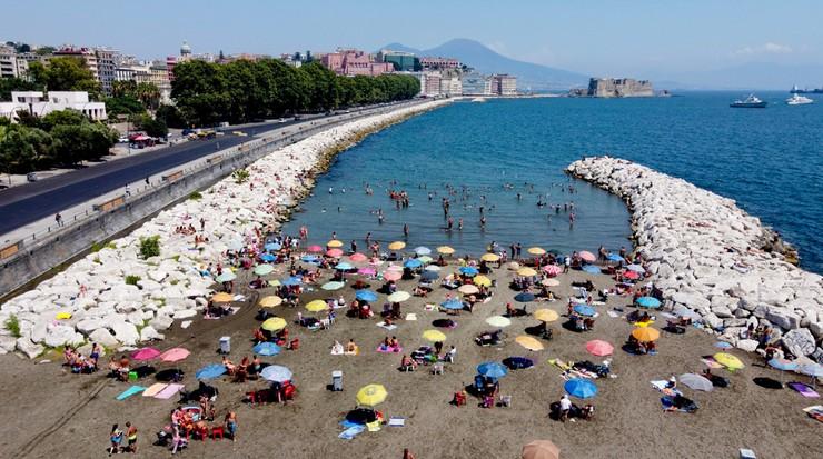 Sześć razy więcej Włochów z przeciwciałami koronawirusa niż oficjalnie zakażonych