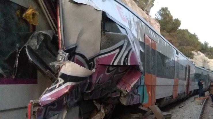 Zderzenie pociągów koło Barcelony. Jedna osoba zginęła, osiem jest rannych