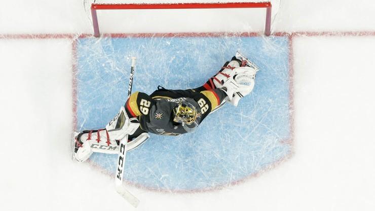 """NHL: """"Złoci Rycerze"""" wciąż niepokonani"""