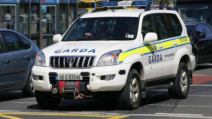 Irlandia: Polce odcięto siekierą głowę. Podejrzanym jest syn