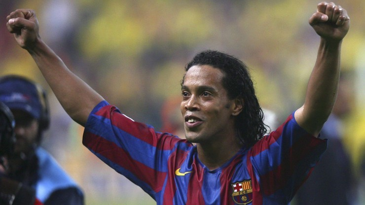 FIFA 19: Pato niczym Ronaldinho! Kosmiczna bramka w FUT (WIDEO)