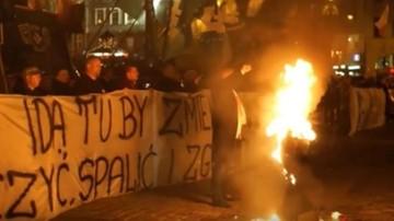 Skazany za spalenie kukły Żyda pozostanie w więzieniu
