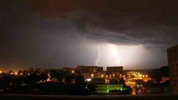 Burze i intensywne opady deszczu. IMGW wydał ostrzeżenia dla 11 województw