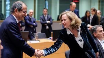 Ministrowie finansów eurolandu naciskają na Włochy ws. budżetu