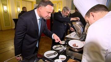 """""""Może być takie bardziej krwiste"""". Prezydent zajadał się polską wołowiną"""