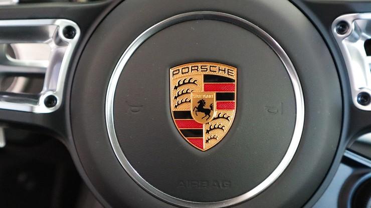 """Firma Porsche pozwana w związku z aferą """"dieselgate"""""""
