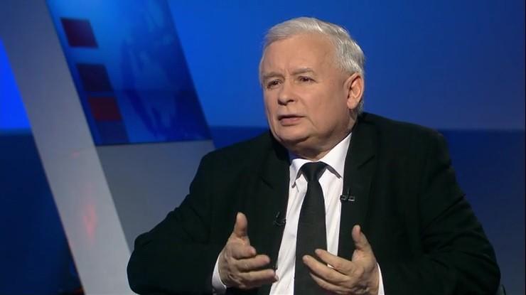 """Jarosław Kaczyński uhonorowany nagrodą """"Człowieka Roku 2015"""" tygodnika """"Wprost"""""""