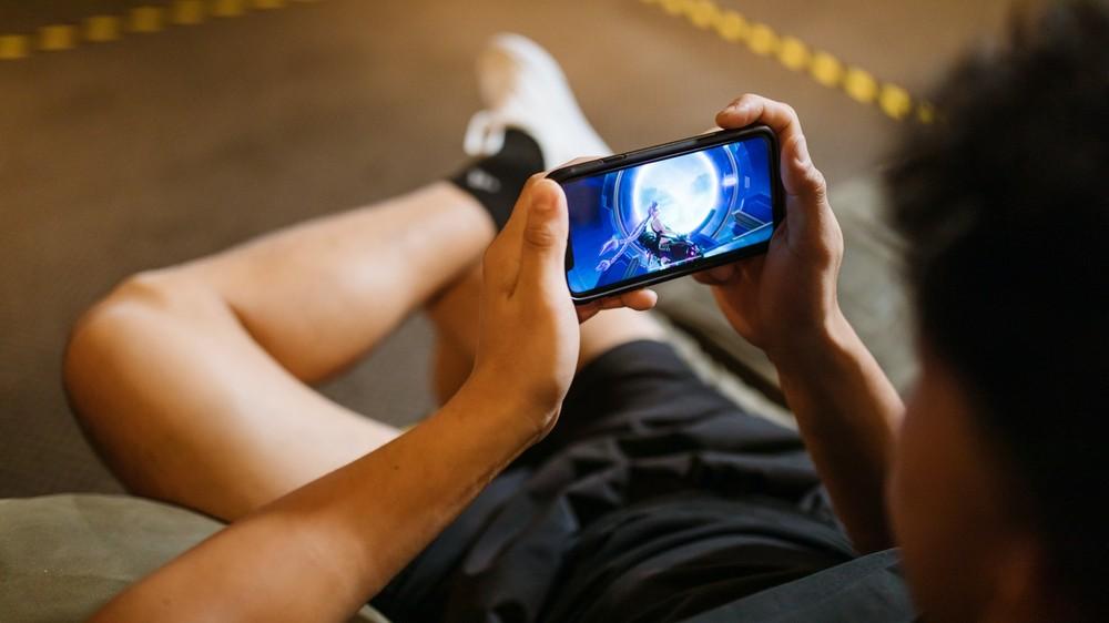Granie na smartfonach zostawia inne platformy daleko z tyłu