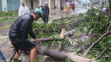 Tajfun Damrey: 19 śmiertelnych ofiar, tysiące zerwanych dachów, setki zawalonych domów