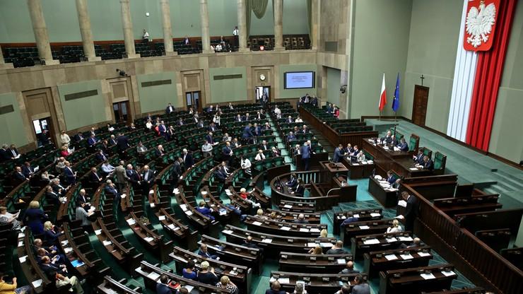 12 zł za godzinę. Sejm przyjął ustawę wprowadzającą minimalną stawkę za pracę