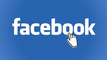 Facebook usunął profile związane z narodowcami